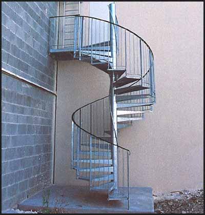 Escalier helicoidal siti europe - Escalier exterieur metal en kit ...